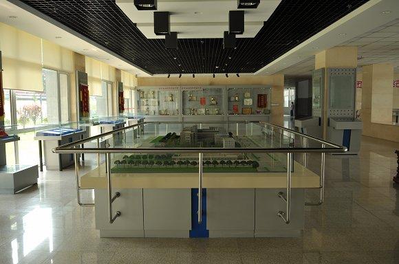 北京市钢铁学院附属中学北京市钢铁学院附属中学校园图片