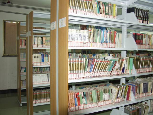 北京市上地实验学校北京市上地实验学校校园相片
