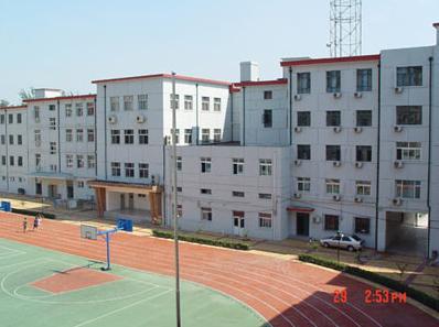 北京市海淀实验中学收费高吗图片