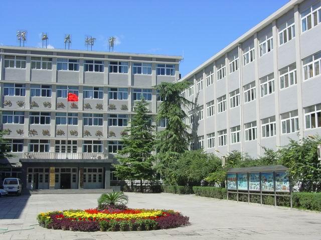 北京理工大学附属中学北京理工大学附属中学校园风光