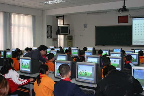 北京市崇文区新景小学北京市崇文区新景小学校园图片