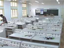武汉市第十六中学武汉市第十六中学校园介绍
