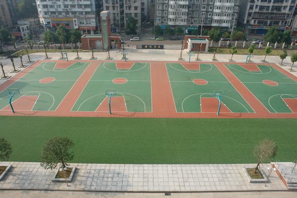 武汉初级中学武汉初级中学校园图片