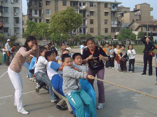 黄陂区前川街第六小学黄陂区前川街第六小学校园相片