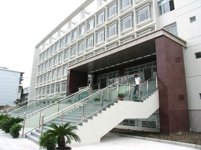 上海市桃浦中学上海市桃浦中学校园风光