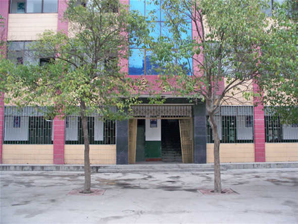 老河口市第三中学校园风景|老河口市第三中学排名