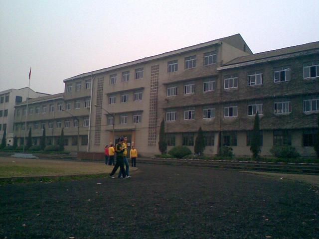 当阳市玉阳初级中学校园风景|当阳市玉阳初级中学排名