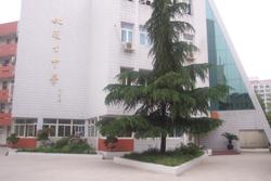 上海市姚连生中学上海市姚连生中学校园风光