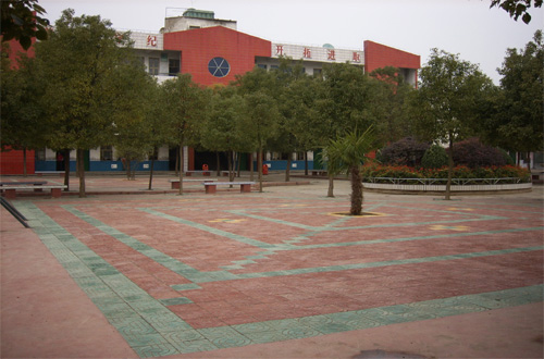 当阳市窑湾小学当阳市窑湾小学校园图片