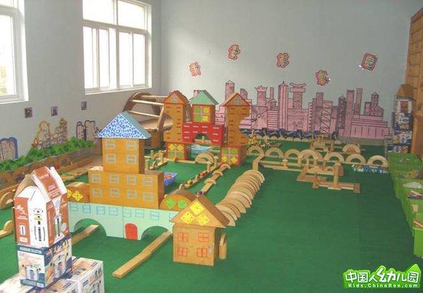 浦东小天鹅幼儿园浦东小天鹅幼儿园校园图片