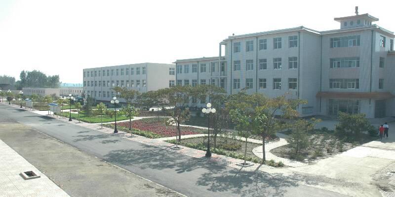 宝坻区大钟庄高级中学宝坻区大钟庄高级中学校园风光