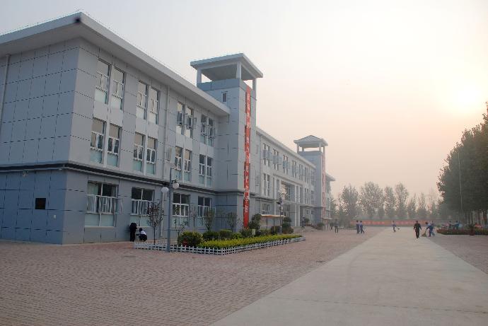 静海县独流中学静海县独流中学校园风光