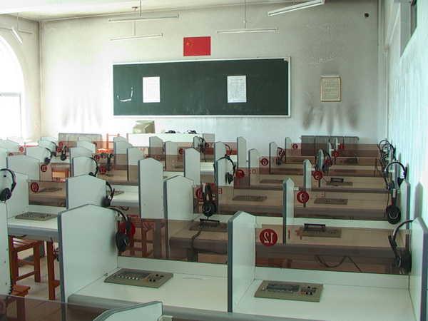 珲春市第二高级中学珲春市第二高级中学校园相片