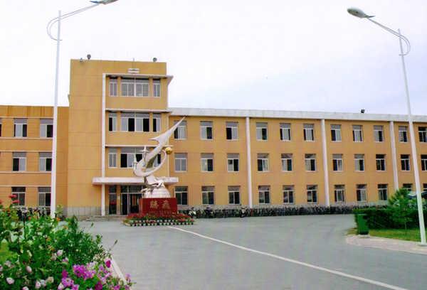 镇赉县第一中学校镇赉县第一中学校校园图片