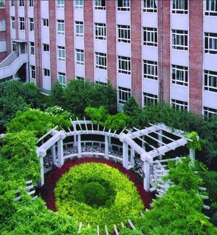北京市蓝靛厂中学北京市蓝靛厂中学校园介绍