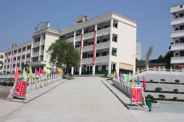浠水县团陂高级中学2014考试鞍山市毕业班高中图片