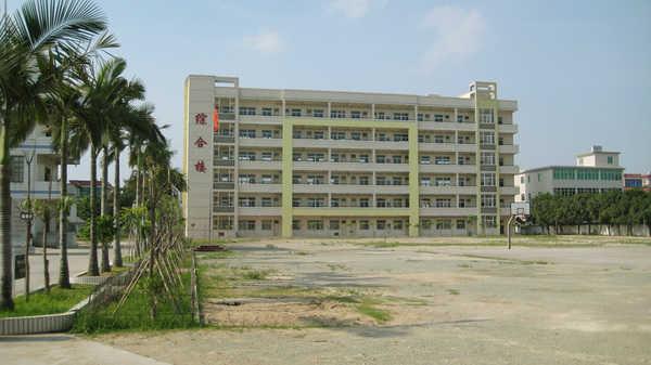 龙海市榜山中学校园风景|龙海市榜山中学排名,风景