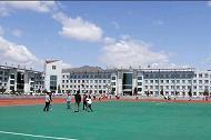 呼伦贝尔学院附属中学呼伦贝尔学院附属中学校园相片