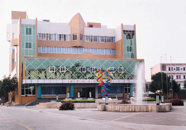 广西医科大学6