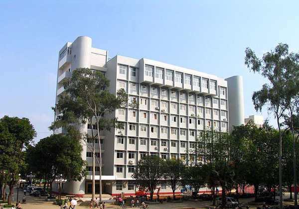 广西大学3