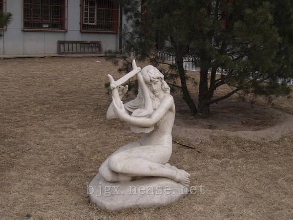 中央音乐学院雕塑