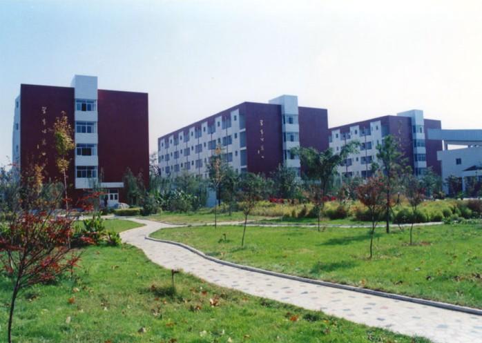 河南师大附属中学校园风景|河南师大附属中学; 河南师大附中; 河南最