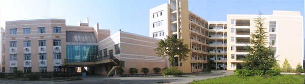 重庆电子工程学院http://school.edu63.com/uploadfile/2007615176582464.jpg