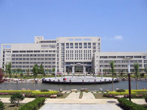 江苏大学2号楼群