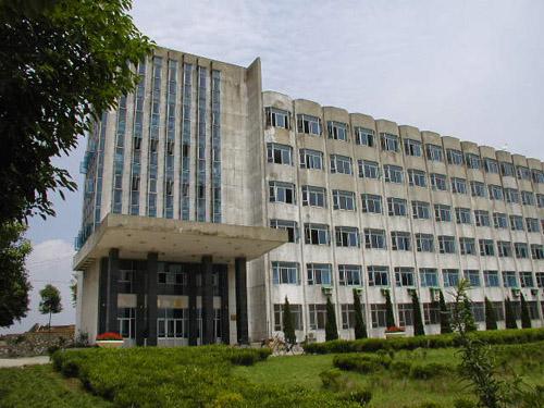 江苏大学主楼工管楼片区