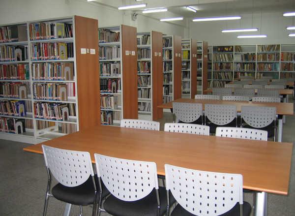 中央戏剧学院图书馆参考阅览室