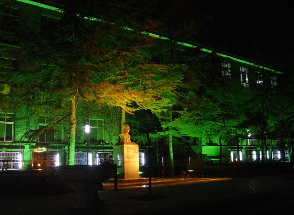 中央戏剧学院校园夜景