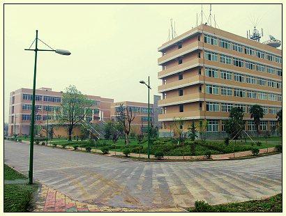 四川文化产业职业学院http://school.edu63.com/uploadfile/20077161753317714.jpg