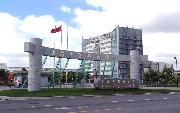 上海中医药大学  校园一角