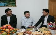 新疆大学           自治区领导向我校新当选的中