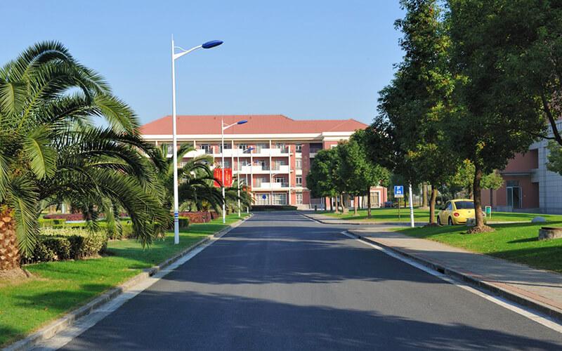 上海健康医学院http://school.edu63.com/uploadfile/2020/202072090277720.jpg