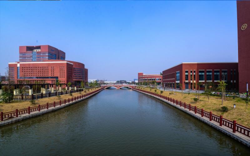上海健康医学院http://school.edu63.com/uploadfile/2020/2020720904733336.jpg