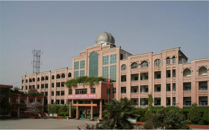 安徽省太和县第三中学安徽省太和县第三中学校园环境