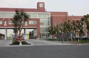 江苏省苏州工业园区第二高级中学江苏省苏州工业园区第二高级中学校园环境