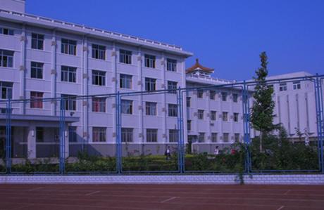 北京市房山区房山中学北京市房山区房山中学校园环境