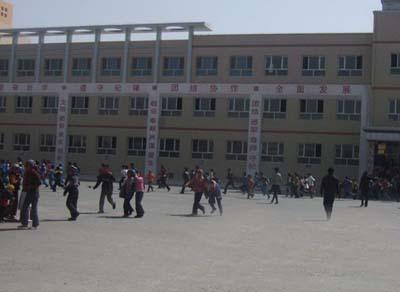 新疆于田县CEC希望学校新疆于田县CEC希望学校校园环境