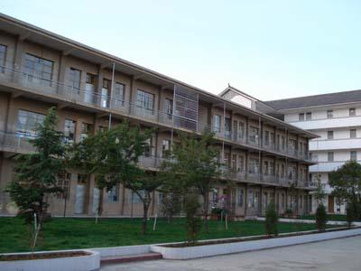 云南省大理市海东中学云南省大理市海东中学校园环境