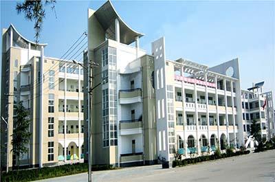 河南省宁陵县高级中学河南省宁陵县高级中学校园环境