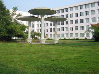 江西省万载县第二中学江西省万载县第二中学校园环境