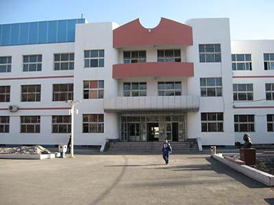 新疆石河子市第三中学新疆石河子市第三中学校园环境