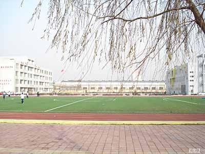 山东省胶州市第十一中学山东省胶州市第十一中学校园环境