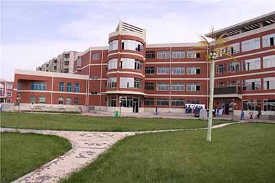 青海省平安县第一高级中学青海省平安县第一高级中学校园环境