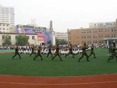 中国各省面积人口_哈尔滨市各县人口排名